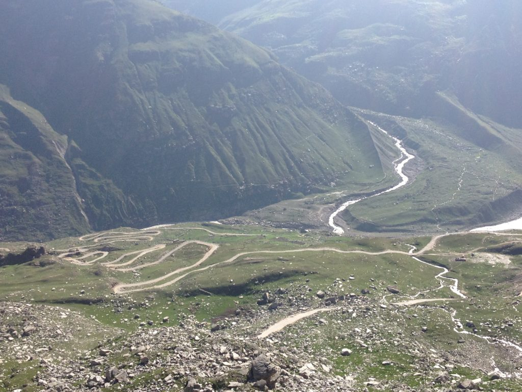 On way from Rohtang to Khoksar